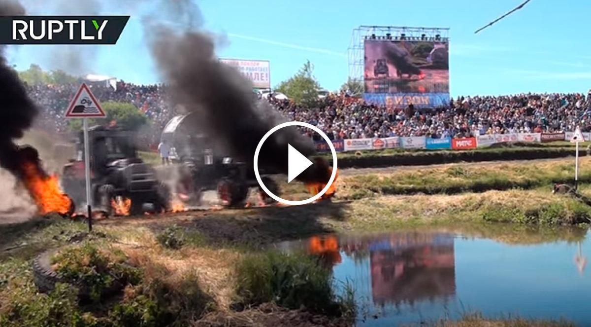 Dos tractors, en una de les proves amb foc i aigua
