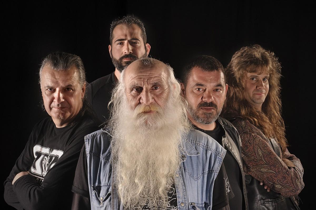 Una de les dues bandes del bateria Martín Rodríguez, Barbablanca