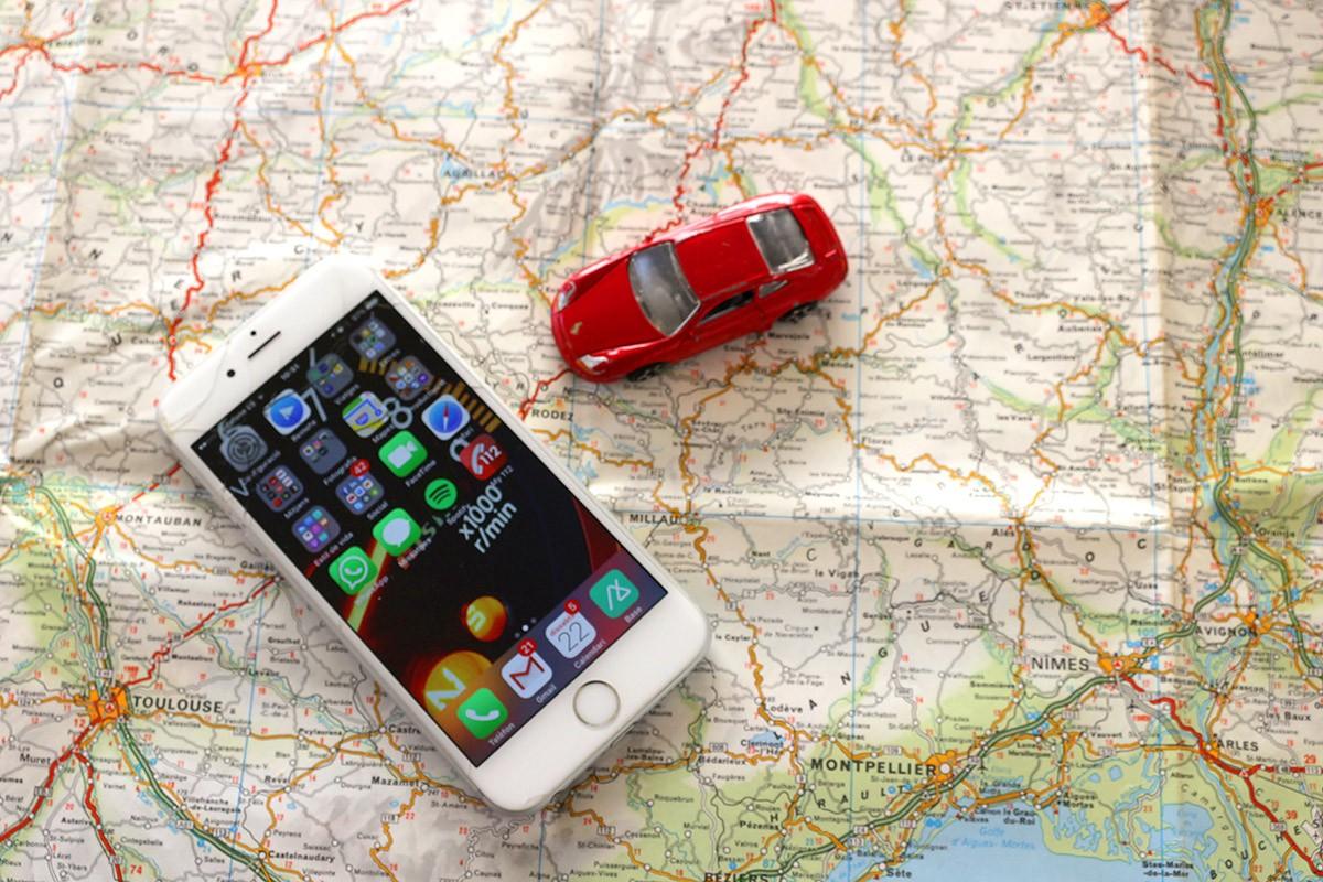 L'Smartphone és una gran ajuda mentre preparem el viatge o este de ruta