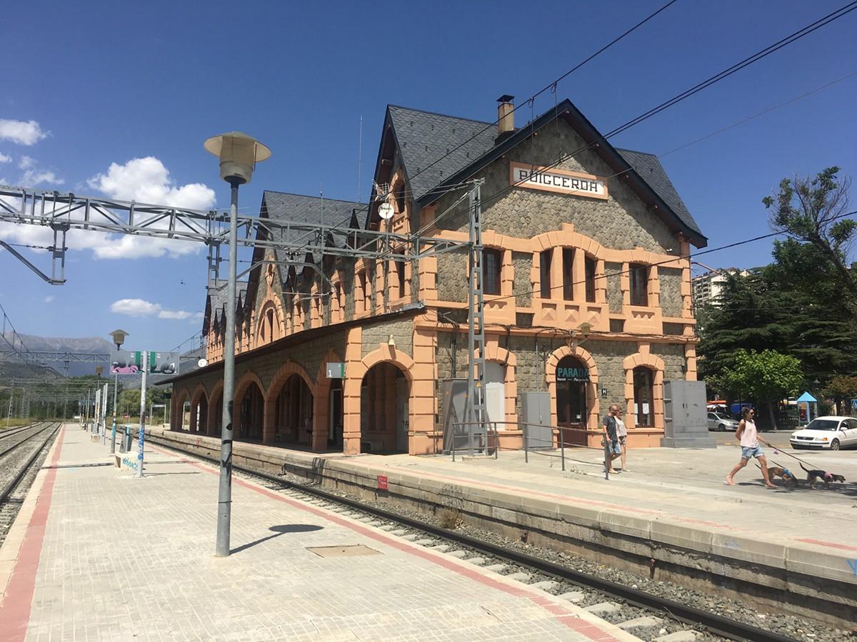 Estació de tren de Puigcerdà. El temporal de vent provoca problemes a la xarxa ferroviària del país