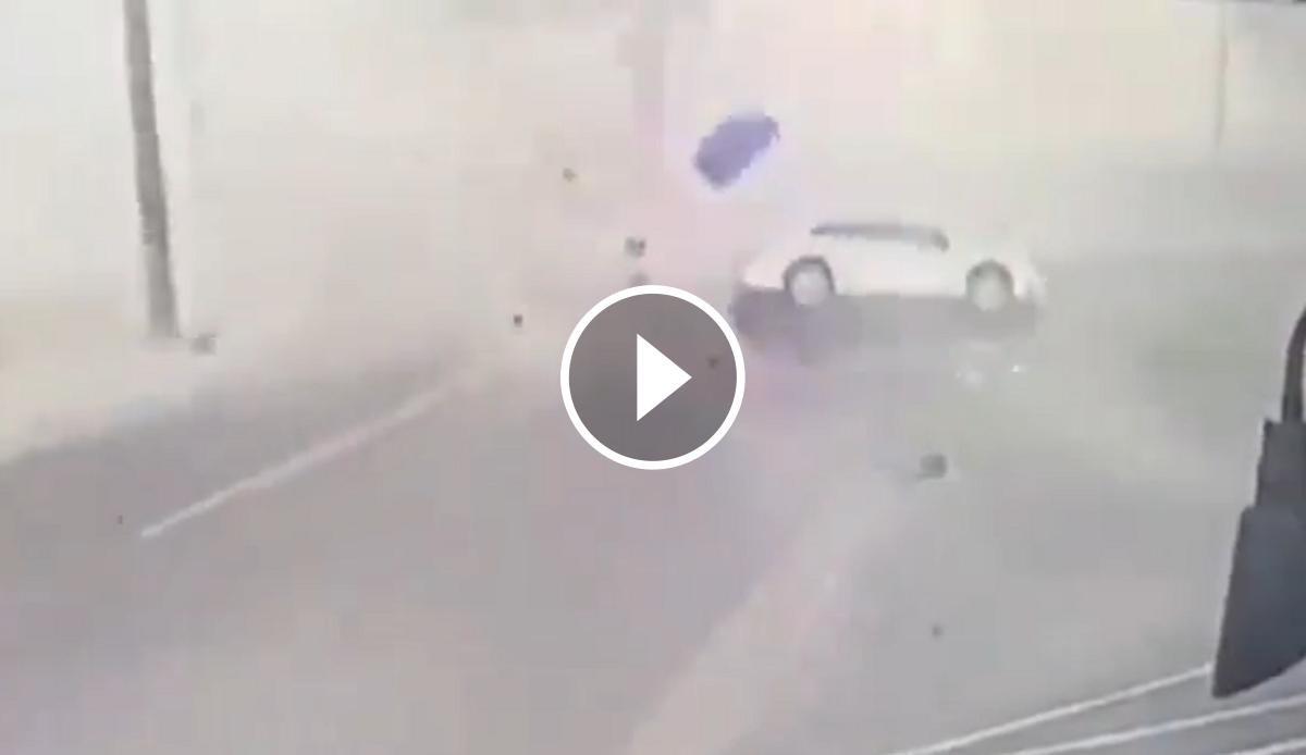 Vídeo del tornado a Salisburt (Estats Units)