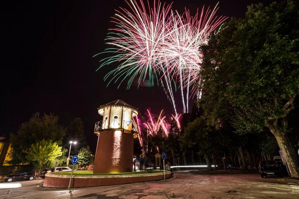 Castell de focs artificials de fi de festa a Puigcerdà