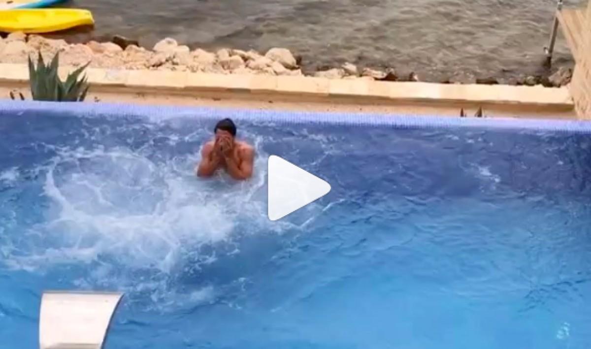 Mats Hummels fent ''balconing''
