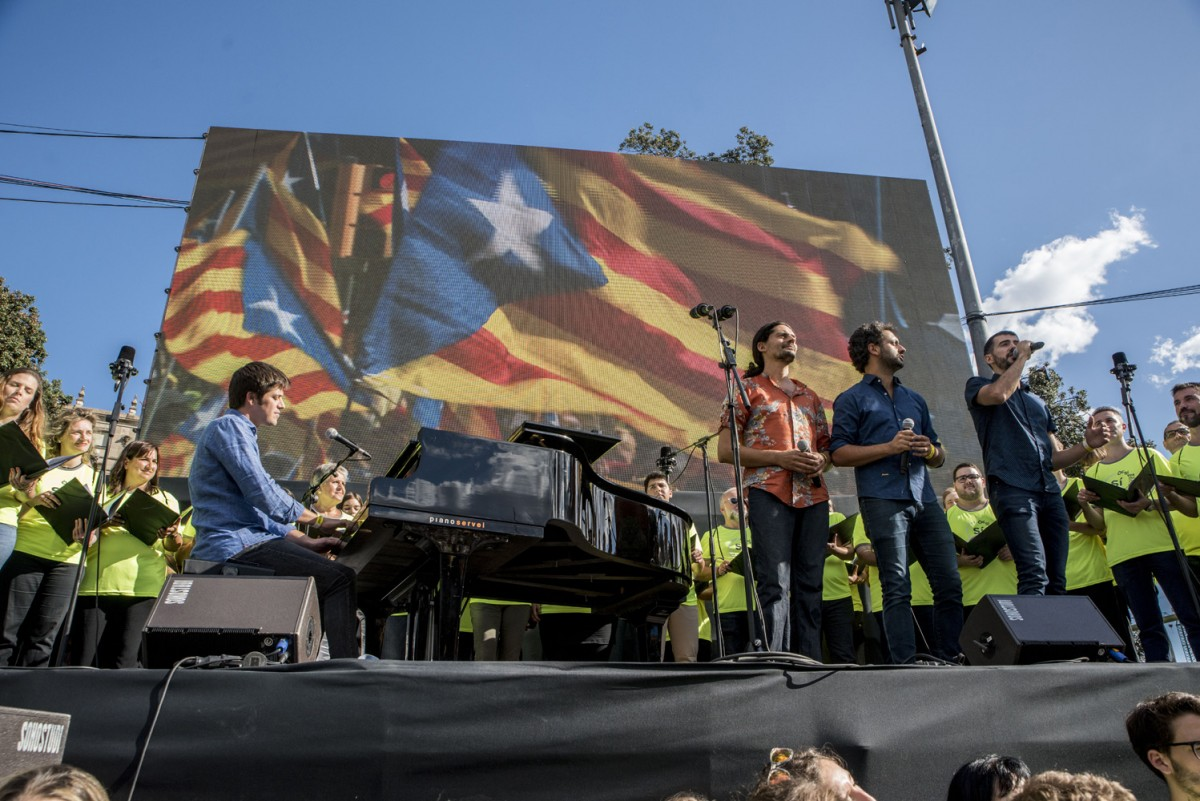 Els Amics de les Arts i l'Orfeó Català en la Diada 2017
