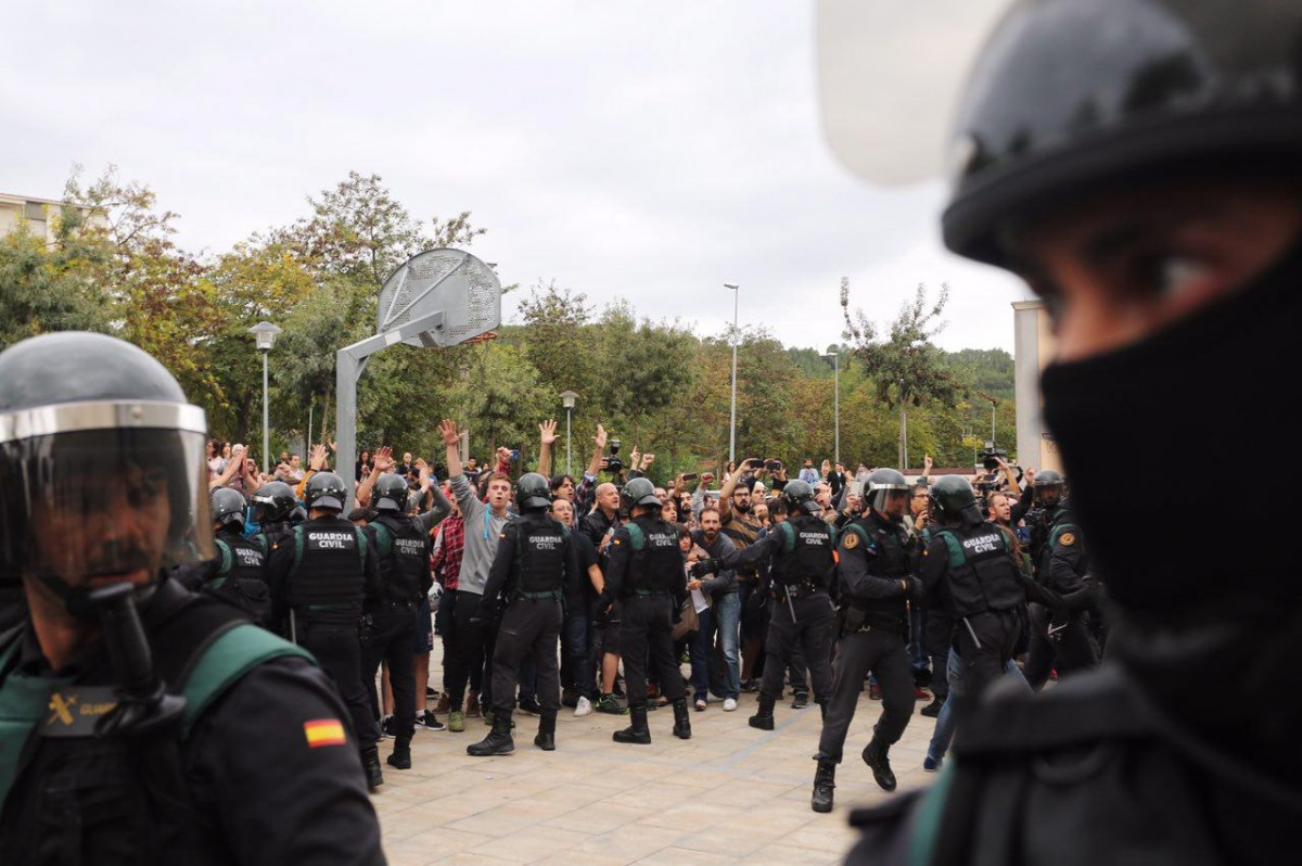 La Guàrdia Civil, a Sant Julià de Ramis.