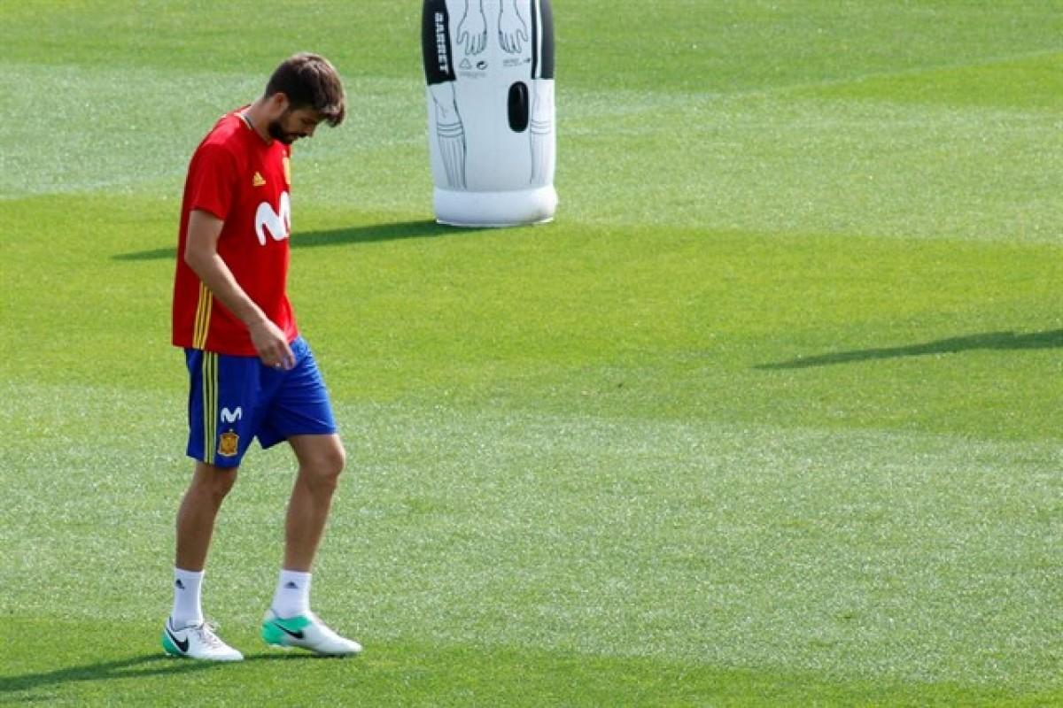 Gerard Piqué en un entrenament amb la selecció espanyola