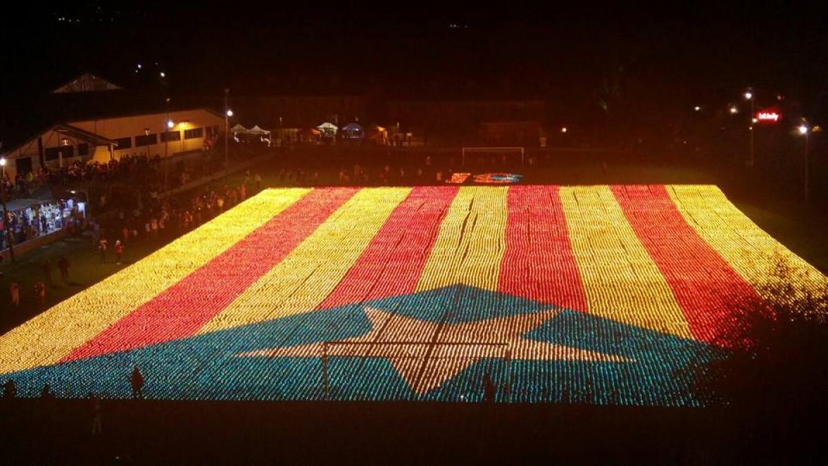 Les espelmes de La Gran Encesa seran avui protagonistes a la concentració d'aquesta nit a Barcelona
