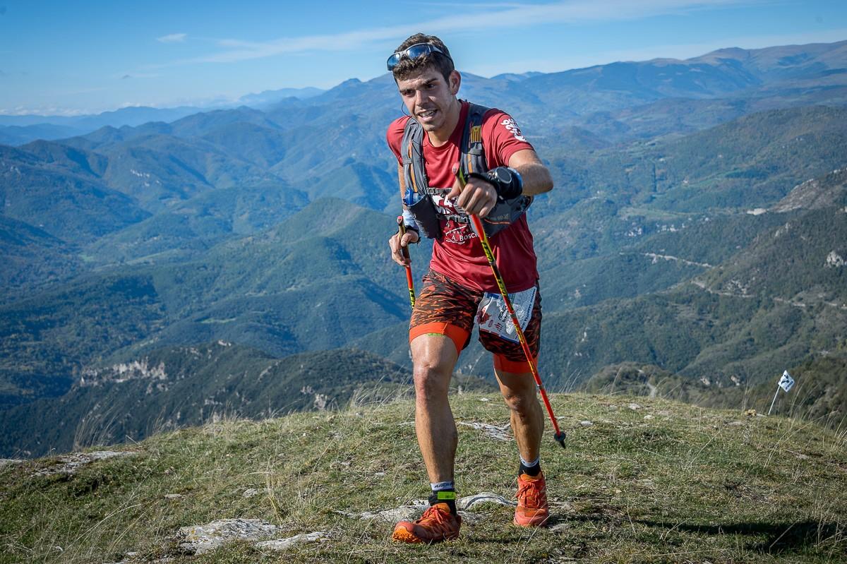 Tot i guanyar àmpliament l'Ultra de la Trepitja Garrotxa, Pau Capell no es va poder proclamar campió de Catalunya de curses d'ultraresistència perquè no està federat.