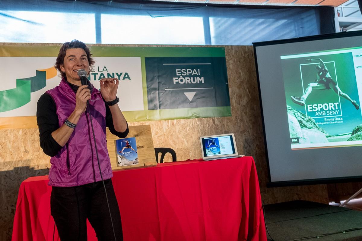 Emma Roca, durant la presentació del seu llibre