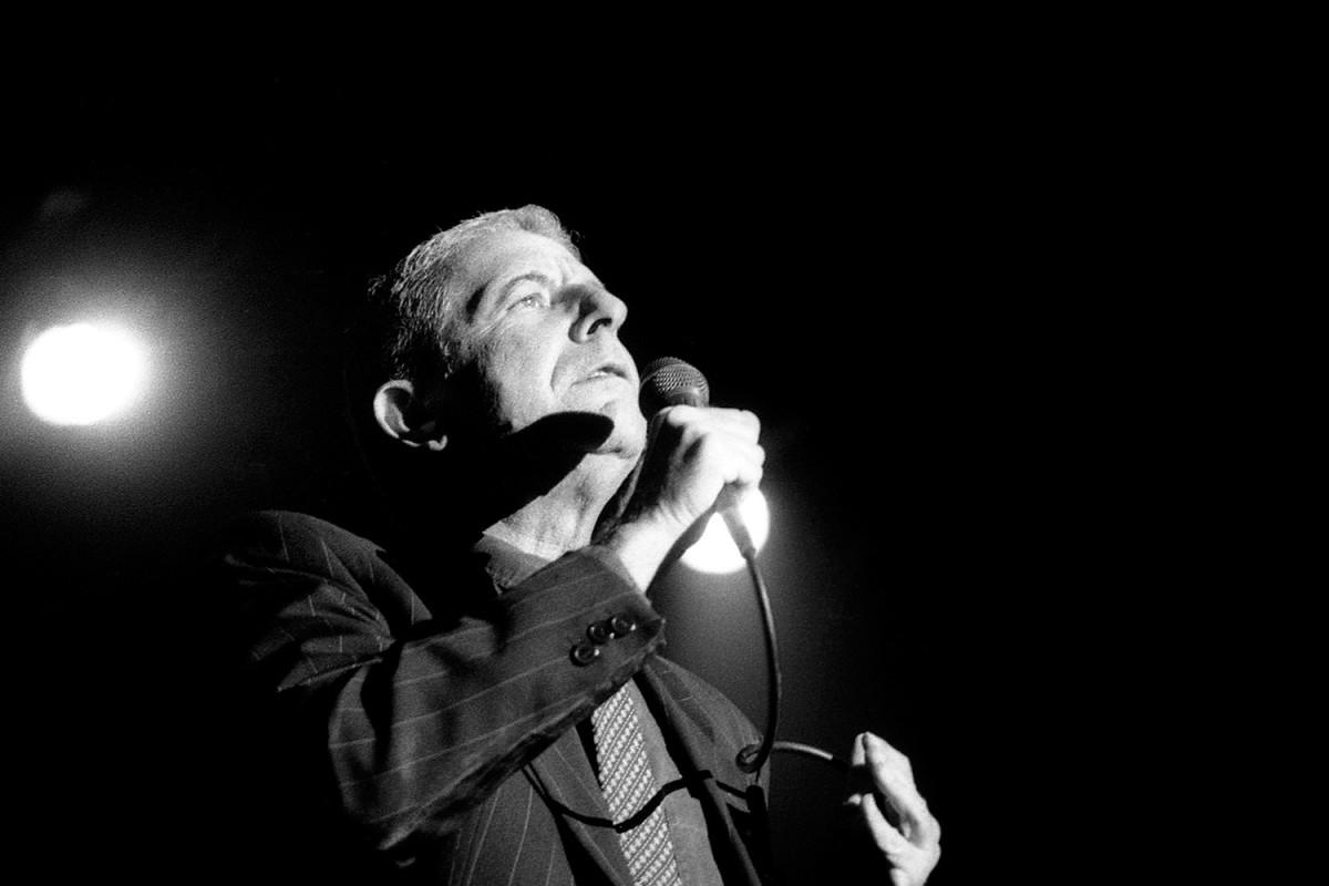 Leonard Cohen en concert a Barcelona l'any 1993