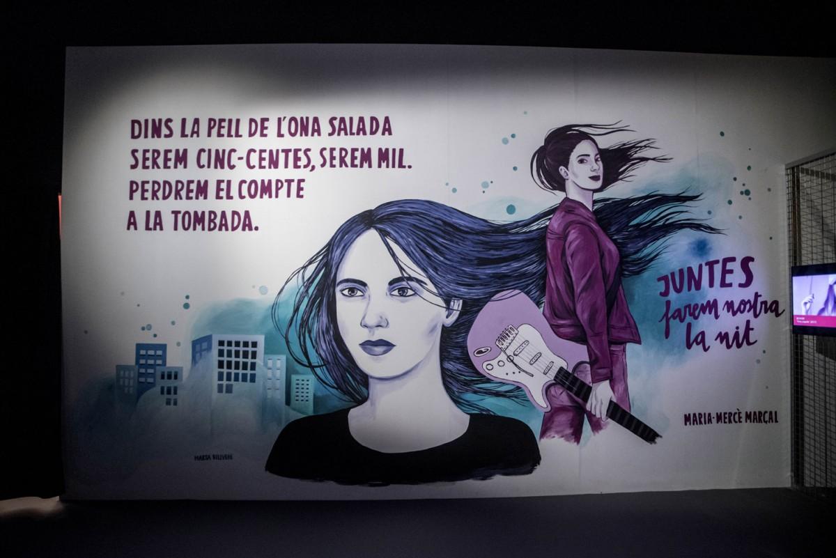 Mural de Marta Bellvehí per a l'exposició D'ONES