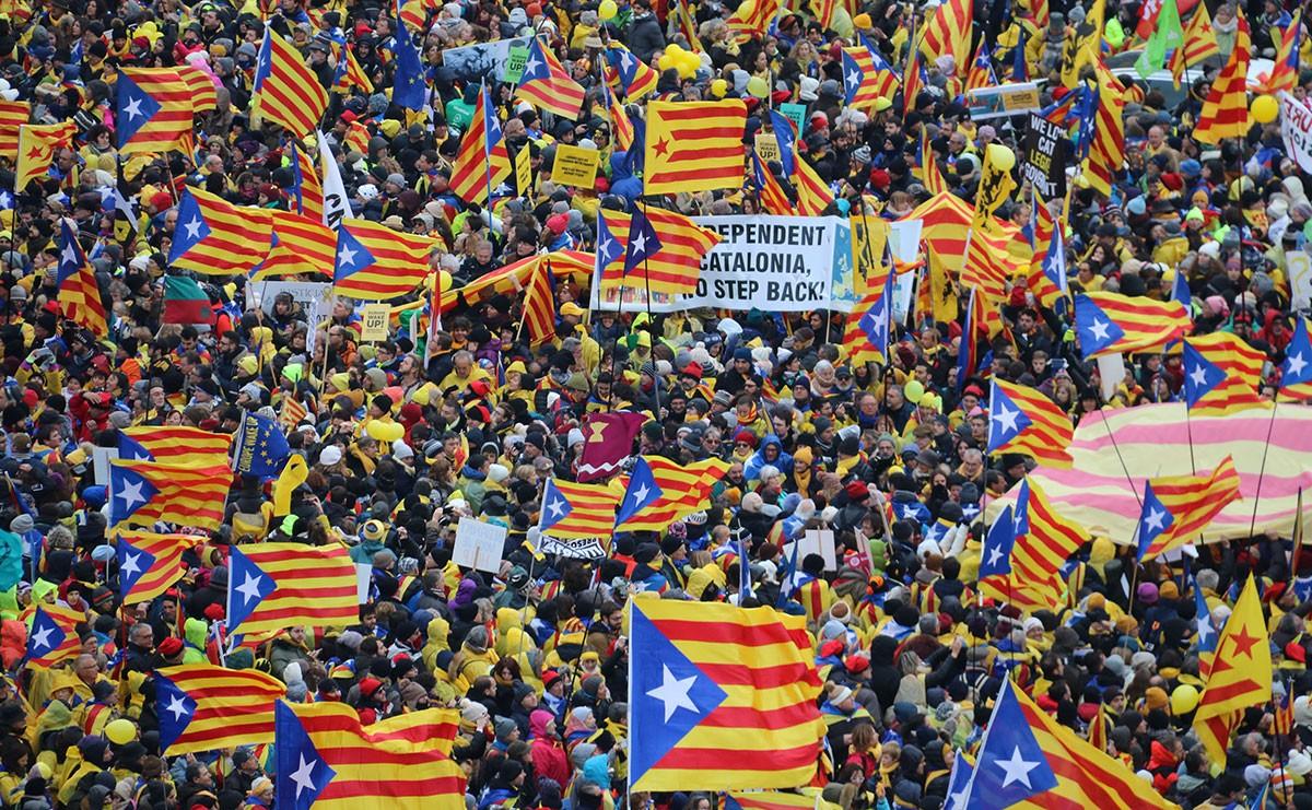 Imatge general de la manifestació «Omplim Brussel·les»