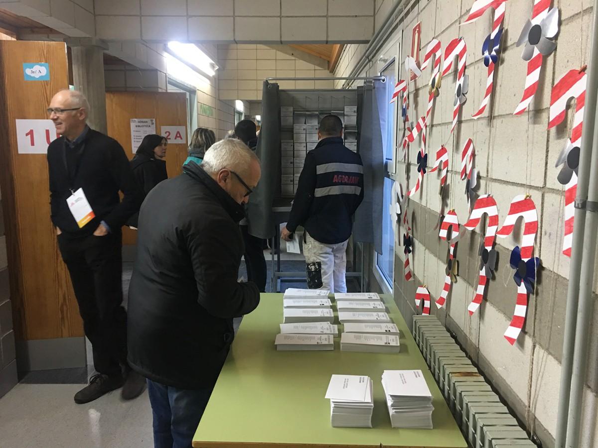 Aquest matí al col·legi electoral de Puigcerdà
