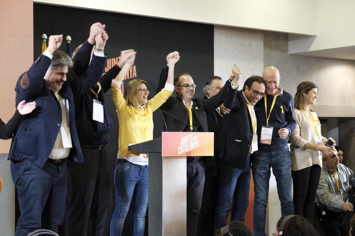 L'equip de Junts per Catalunya, amb Elsa Artadi i els consellers Rull i Turull, al capdavant