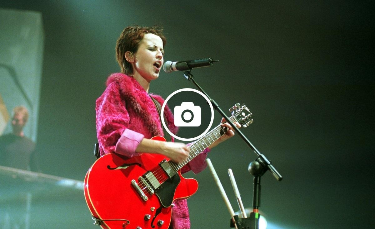 The Cranberries en concert l'any 1999 al Palau Sant Jordi
