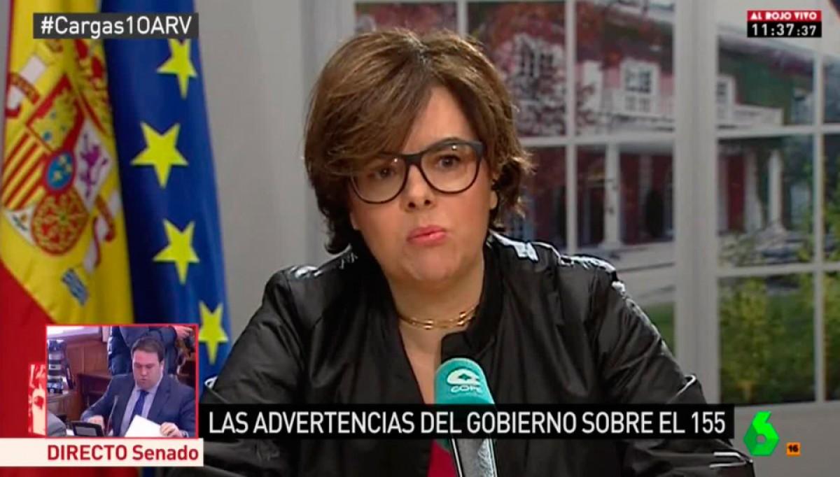 Sáenz de Santamaría, amb ulleres noves