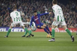 El Barça escombra el Betis (0-5) i encarrila la Lliga a meitat de temporada