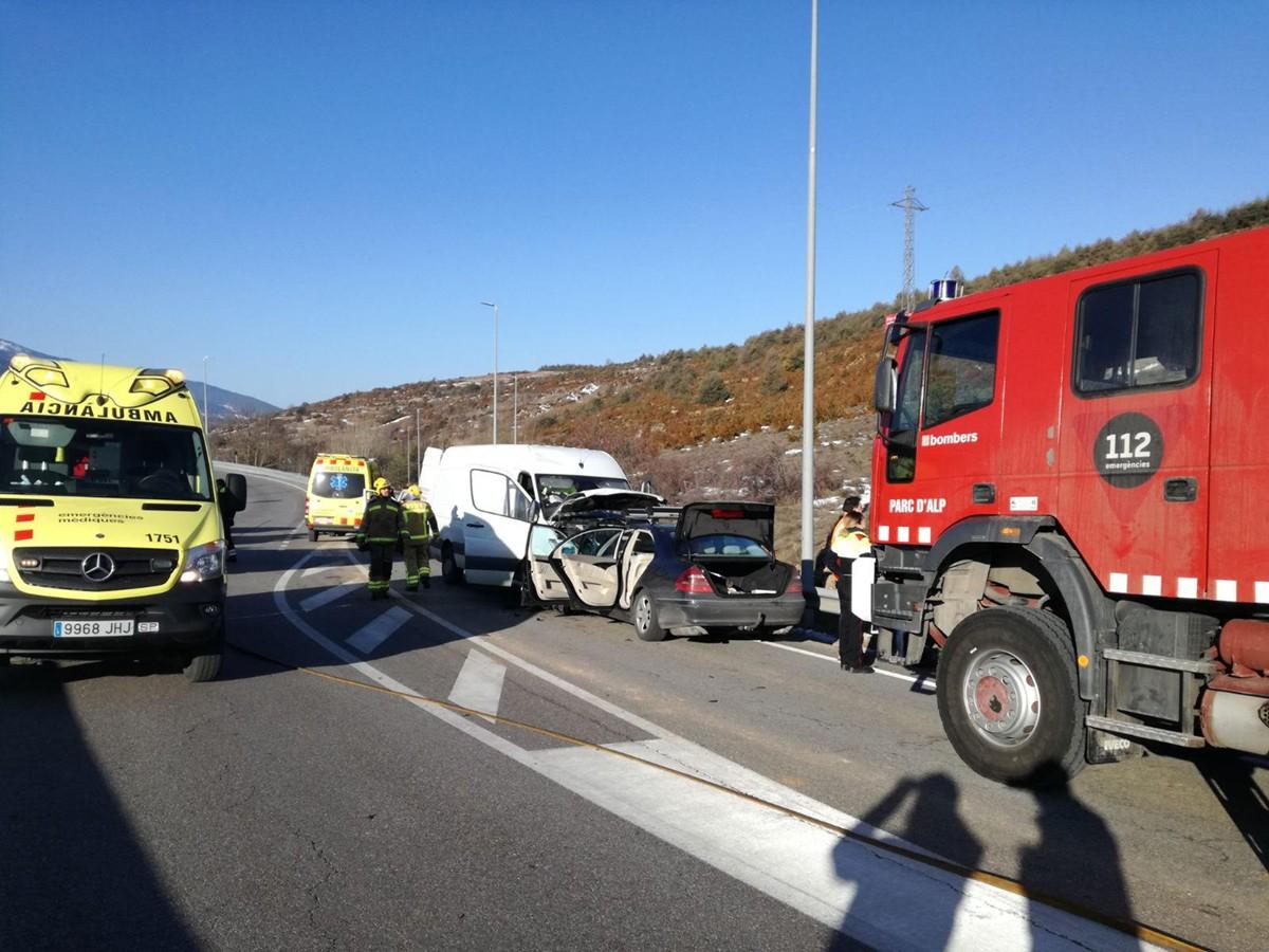Accident frontal a la carretera C-162 aquest dijous matí