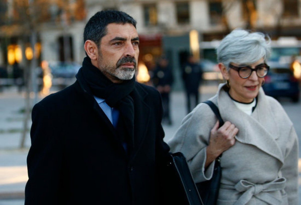 Josep Lluís Trapero i Olga Tubau entrant a l'Audiència Nacional