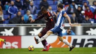 Piqué permet al Barça continuar invicte a la Lliga (1-1)