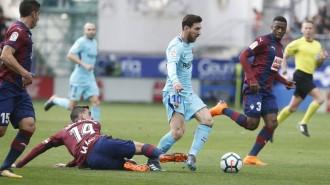 Un Barça efectiu guanya contra l'Eibar i manté la lliga encarrilada
