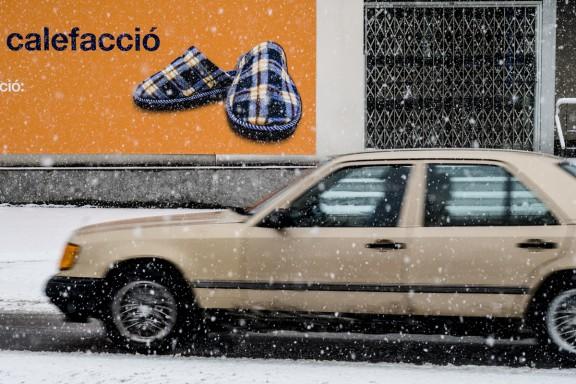 Recull d'imatges de la nevada d'aquest dimecres