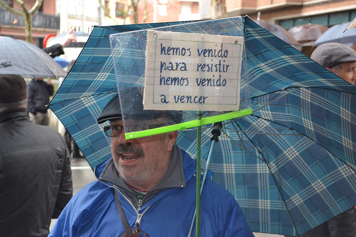Els jubilats i pensionistes han traslladat les seves reclamacions a l'alcalde Junyent