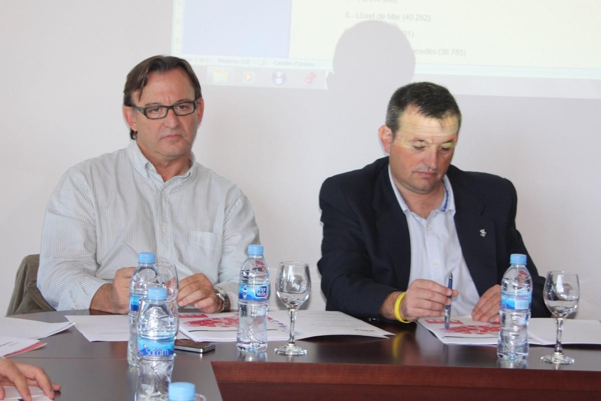 Josep Maria Cervera, al costat de Josep Maria Vila d'Abadal, fundador de l'AMI