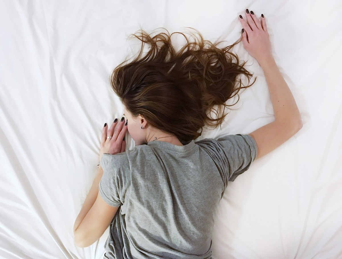 Dormir bé, tot un repte en època de calor.