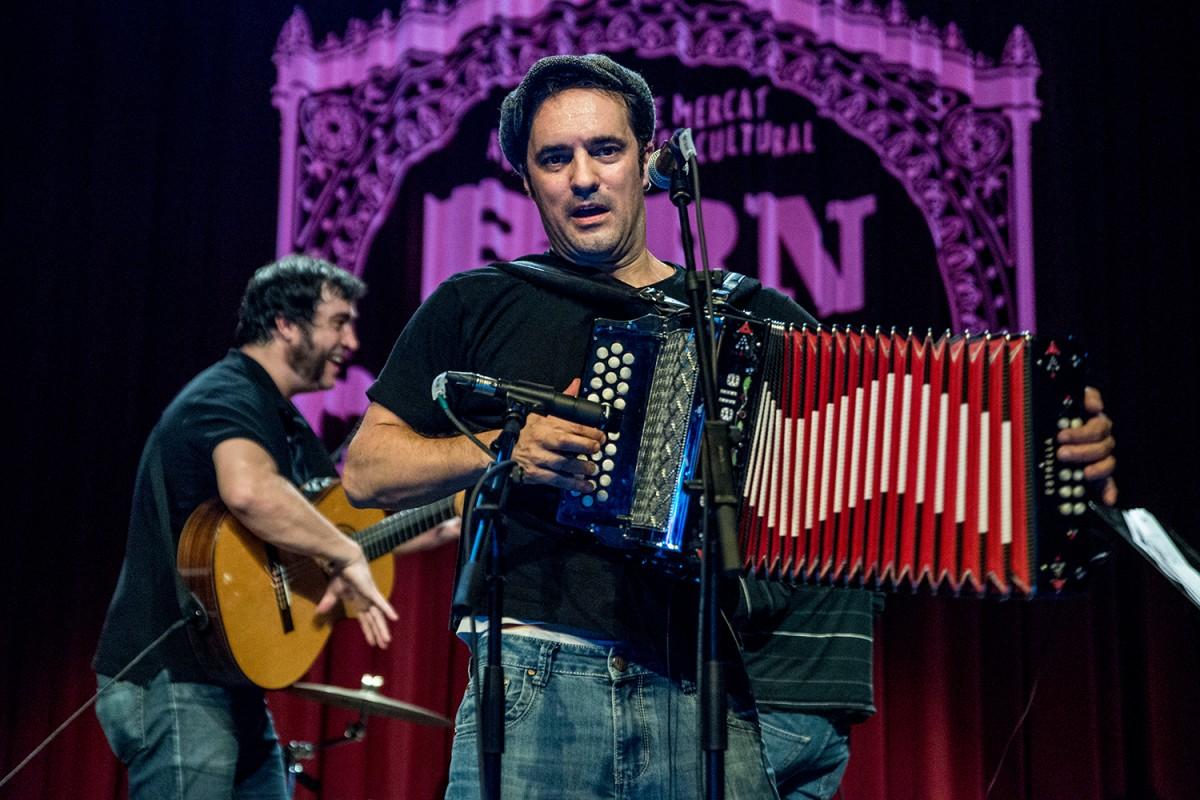 Joan Garriga actuarà a la Rumbesca el proper 4 de maig i oferirà un taller de guitarra