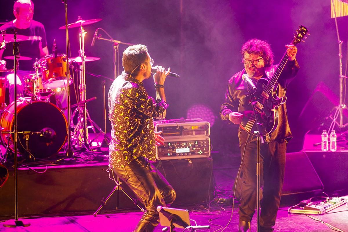 Sau30 en directe a l'Auditori de Girona durant el Festival Strenes