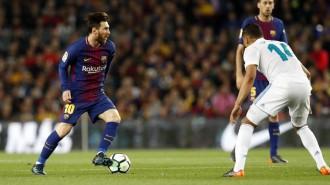 El Barça acomiada Iniesta amb un empat en el seu darrer clàssic (2-2)