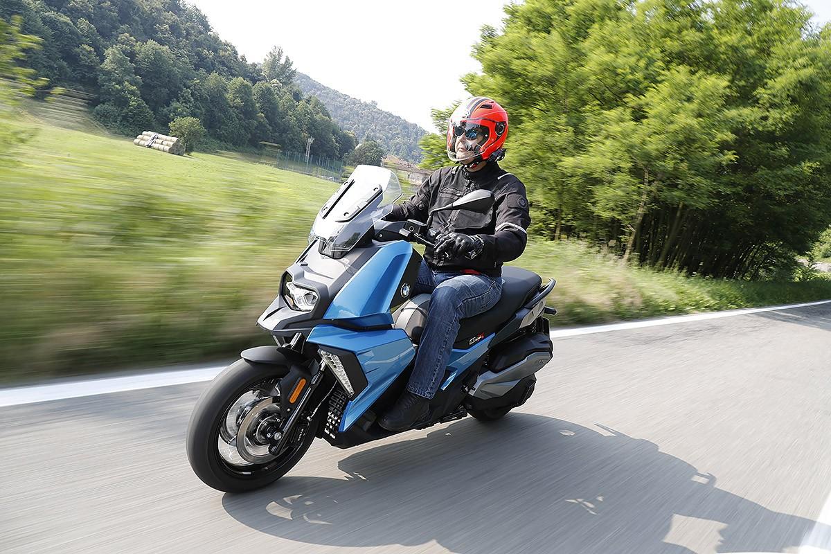 Amb el C400X BMW en ofereix un scooter racional i ben equipat