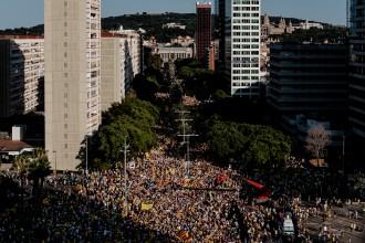 Multitudinària manifestació per la llibertat dels presos polítics