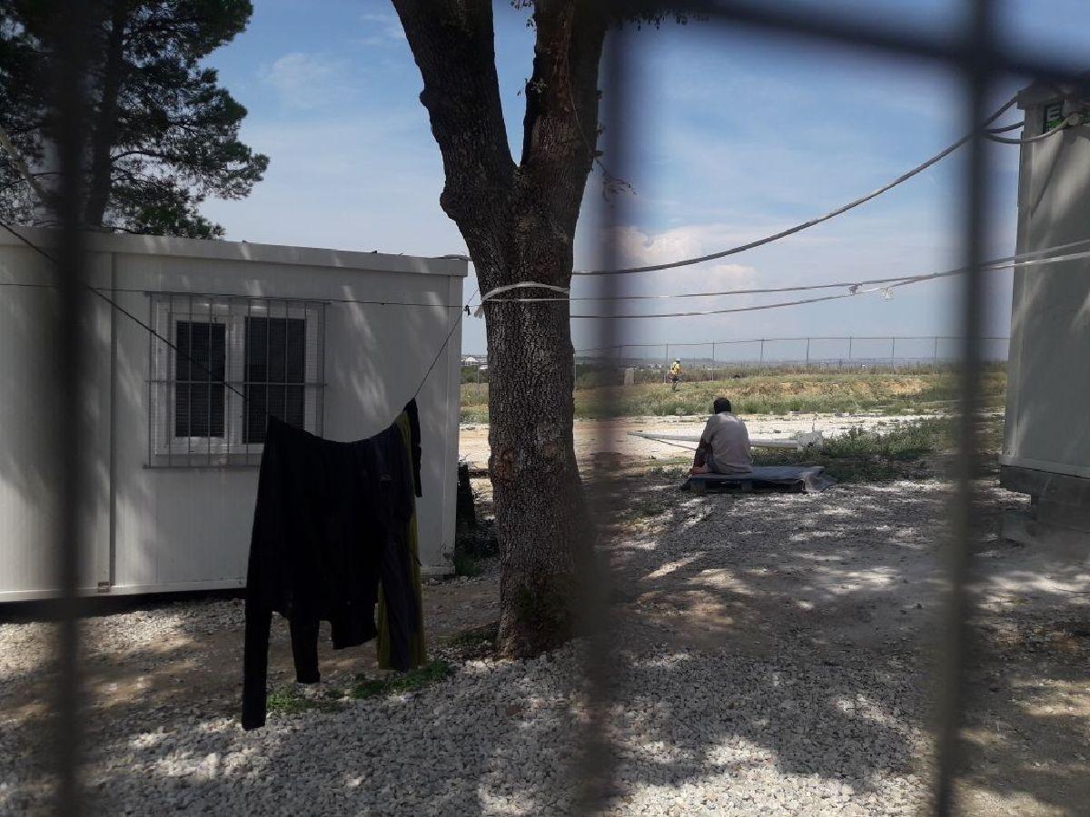 Vistes des de l'habitació-habitatge de la Midyia i la Khadija