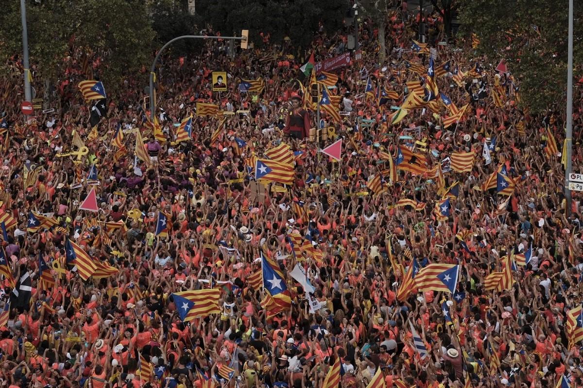 Manifestació per la Diada a l'Avinguda Diagonal