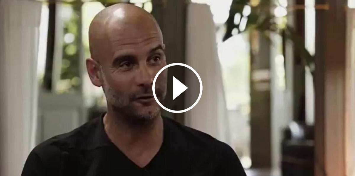 Imatge de Pep Guardiola durant l'entrevista amb Valdano
