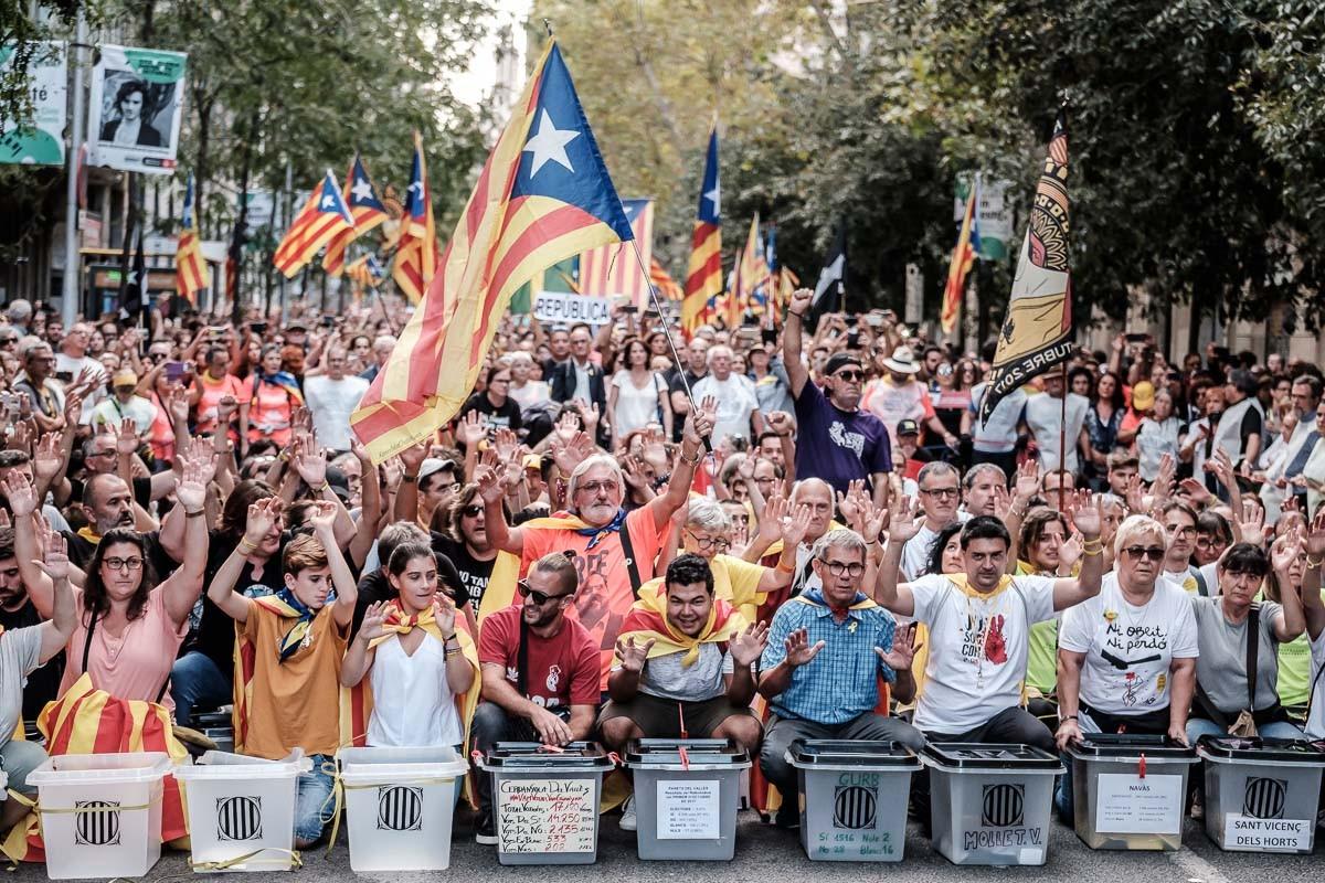 Manifestació de la Plataforma 1 d'Octubre.