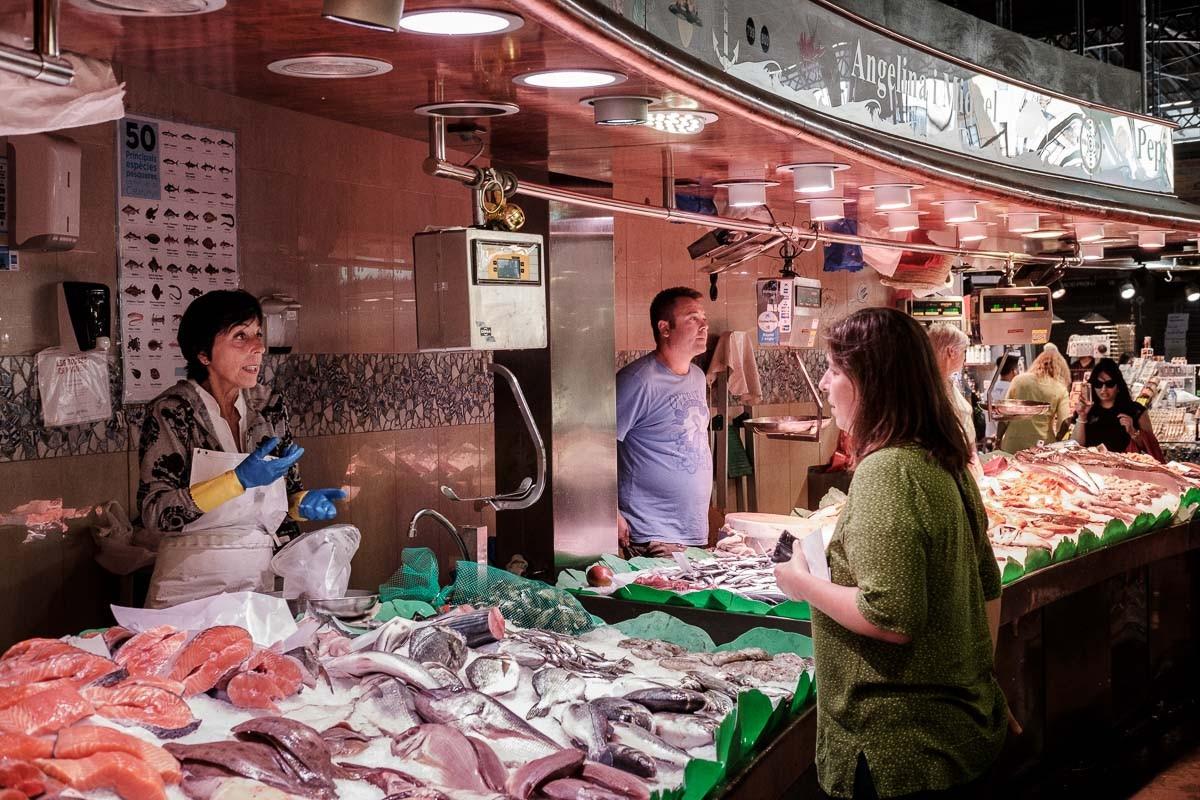 Una peixeteria del Mercat de la Boqueria de Barcelona.