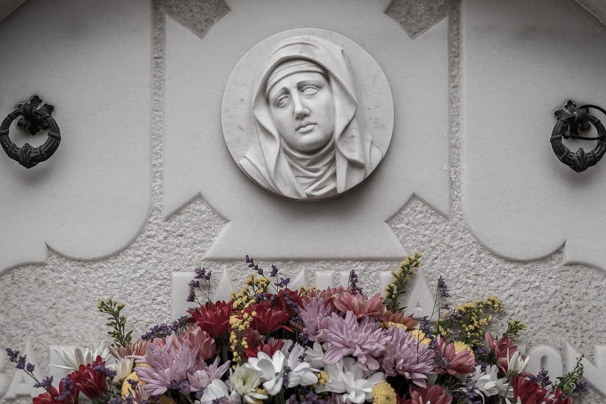 Un cementiri per Tots Sants
