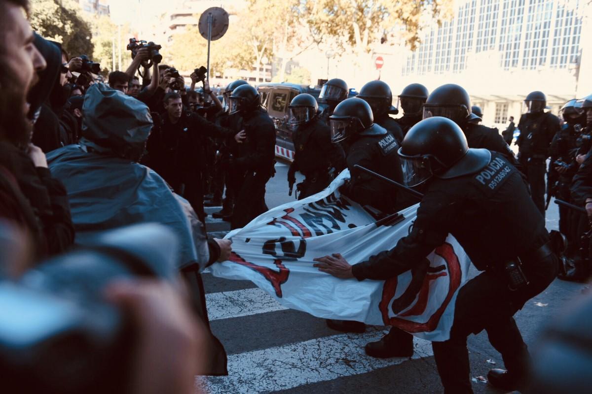 Càrrega policial durant una manifestació.