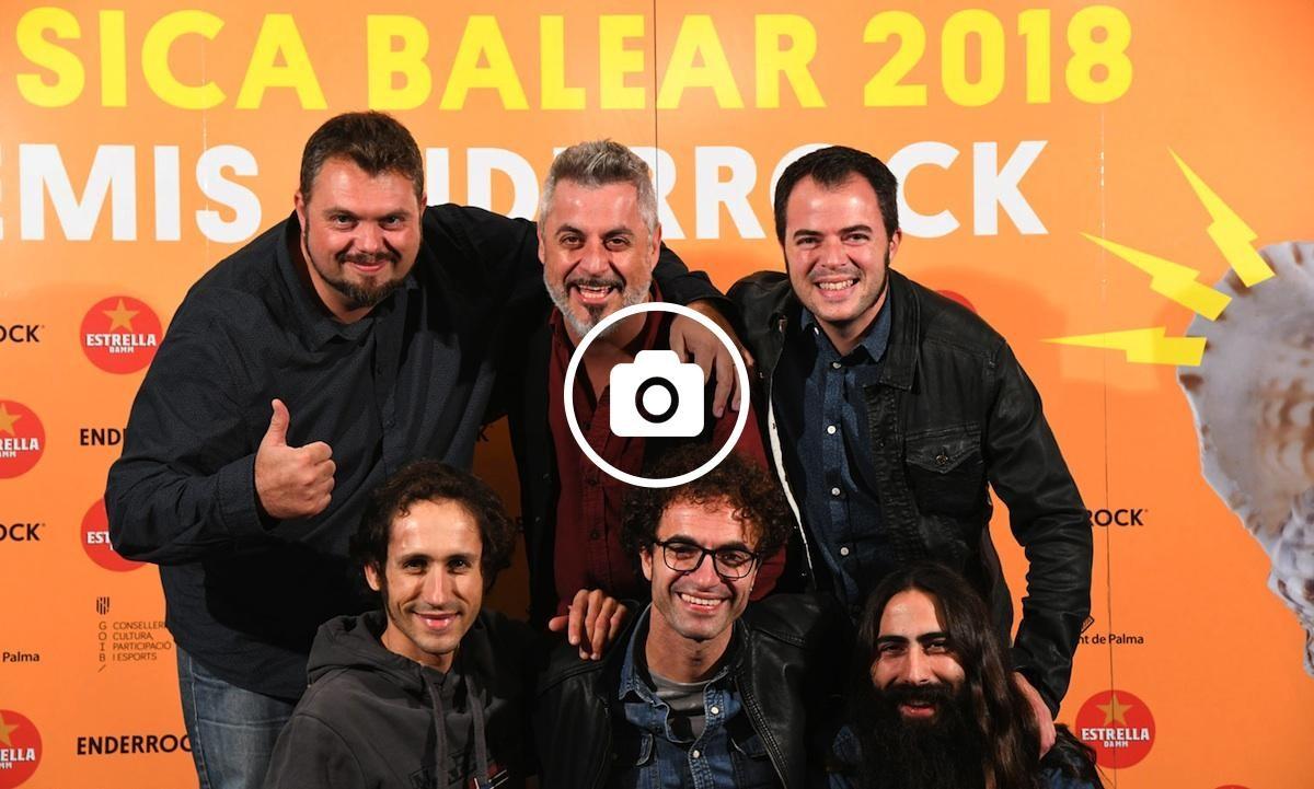 Anegats, guanyador del premi a millor artista