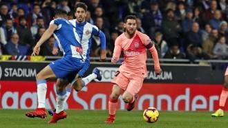El Barça s'emporta el derbi contra l'Espanyol amb un Messi magistral (0-4)