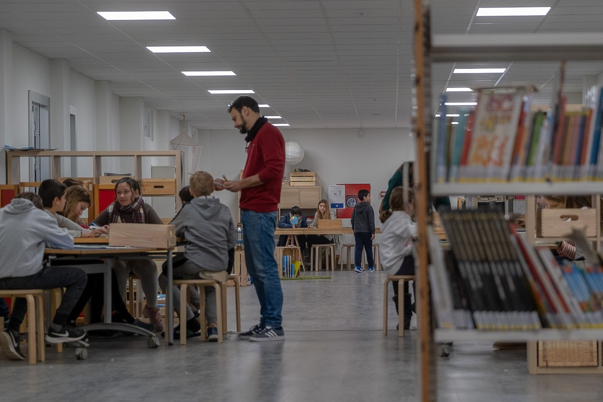 Uns nens en una escola de Barcelona