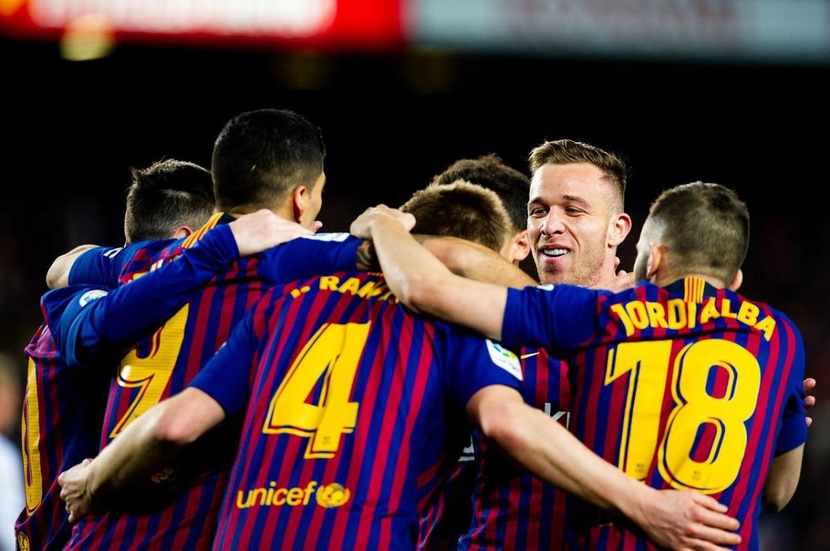 Els jugadors del Barça celebrant un gol