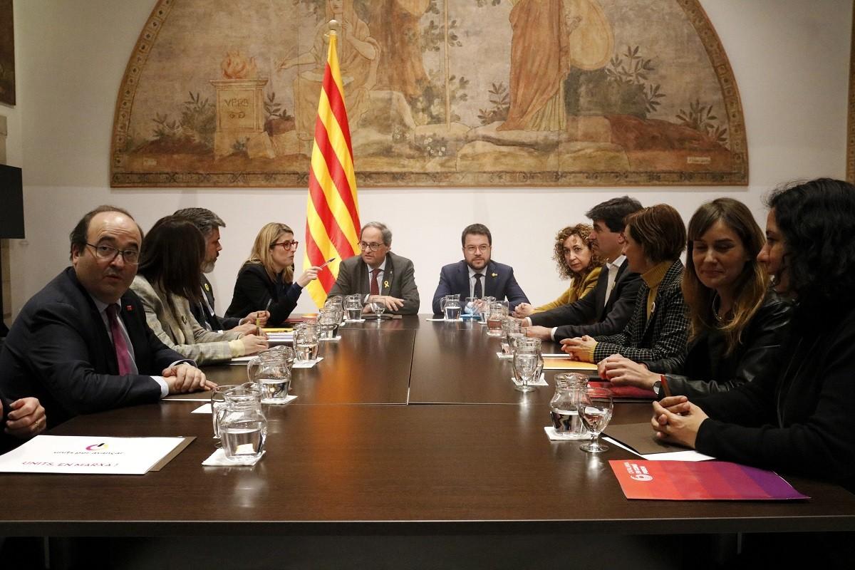 La taula de partits catalans reunida a principis d'any