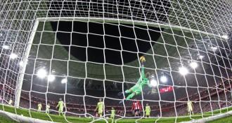 Ter Stegen salva un trist empat del Barça a Bilbao (0-0)
