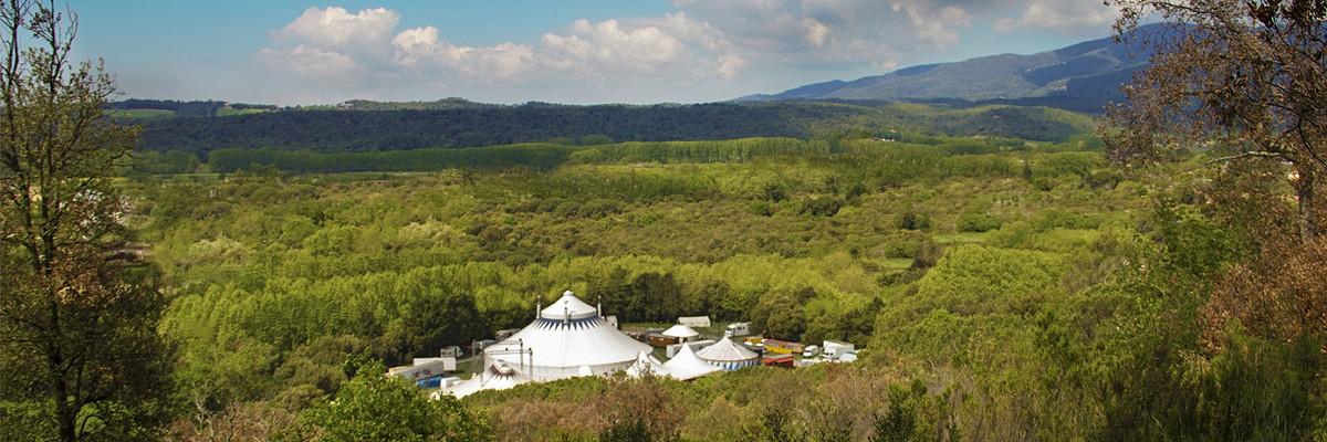 El Circ Cric està ubicat al bell mig del Parc Natural del Montseny