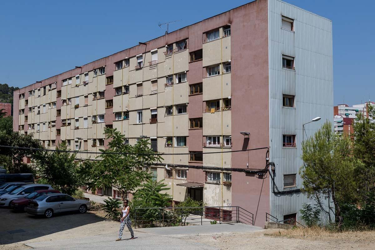 La venda de claus de pisos ocupats continua a Barcelona