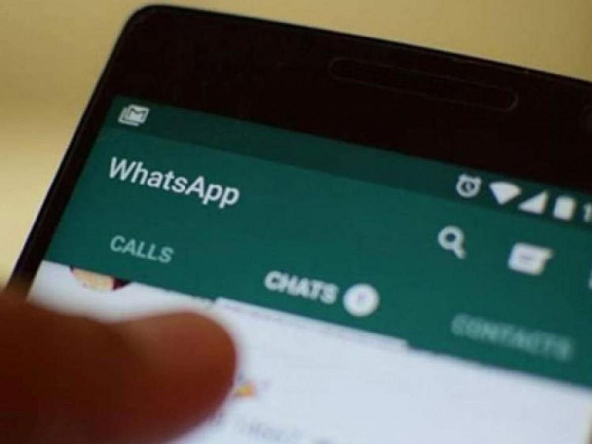 Un telèfon amb Whatsapp